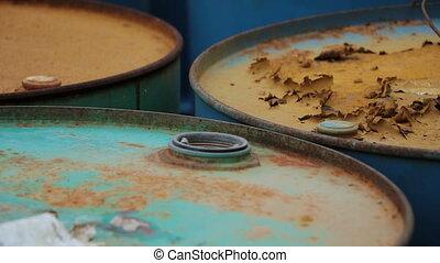barils, huile, vieux, fûts, rouillé, produits