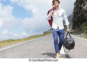 bas, route, jeune homme, promenades