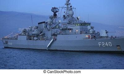 bateau, frégate, guerre