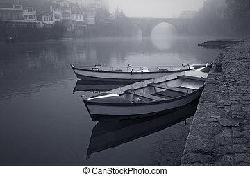 bateaux, brume