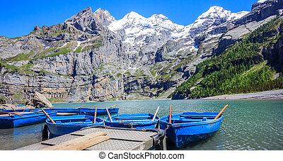 beau, été, activités, (oeschinensee), kandersteg, oberland, bleu, europe, lac, ensoleillé, suisse, quoique, bernese, vue, alpes, oeschinen, bateaux, suisse, apprécier, aviron, récréation