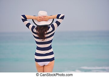 beau, été, femme, vacances, apprécier, heureux