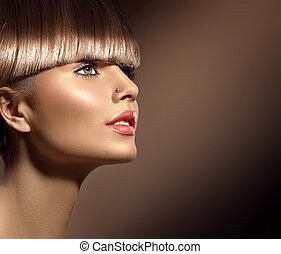 beau, brun, femme, beauté, sain, maquillage, lisser, cheveux