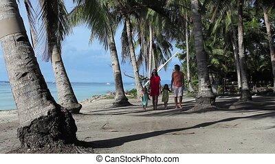 beau, délassant, famille, jeune, quatre, plage, apprécié