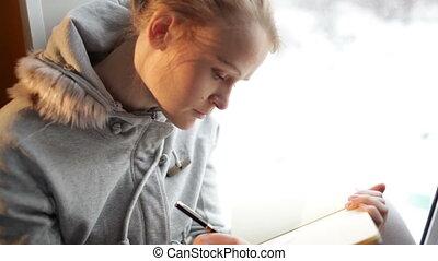beau, daydreaming., elle, journal, jeune, écriture, girl