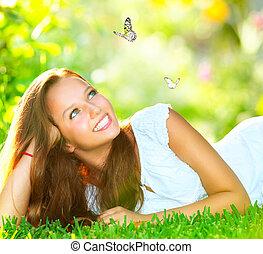beau, extérieur, printemps, vert, beauty., girl, herbe, mensonge