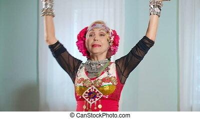 beau, veru, tribal, fusion, déguisement, dancer., ethnique, woman.