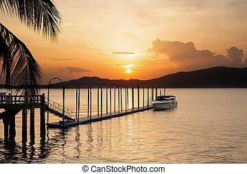 beau, vitesse, arrière-plan., coucher soleil, flotter, jetée, bateau