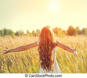 beauté, nature, longs cheveux, mains, girl, apprécier, élévation