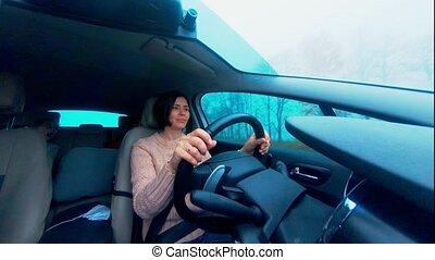 belle femme, conduite, voiture