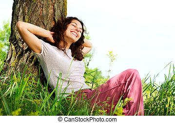 belle femme, délassant, nature, jeune, outdoors.