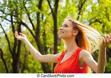 belle femme, wind., nature, printemps, jeune, amusement, apprécier, avoir
