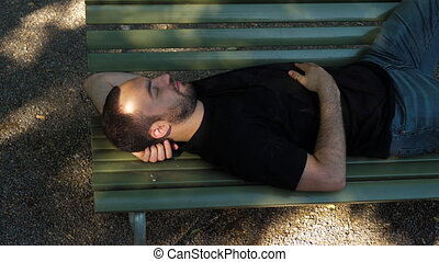 bench., sommeil, jeune homme