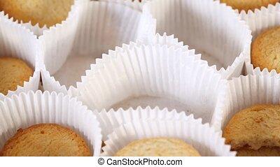 biscuits, éventaire papier, gradually, disparaître