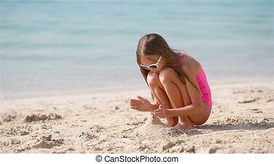 blanc, exotique, girl, sable, peu, plage château, confection