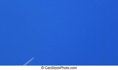 bleu, piste, avion, ciel, travers