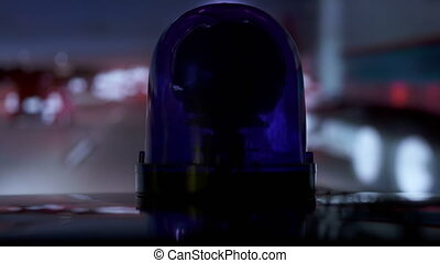bleu, véhicule, urgence, conduite, pov, lumière, flash, nuit, autoroute