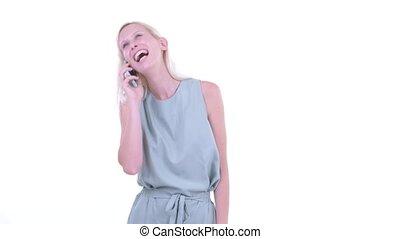 blond, femme parler, téléphone, heureux, beau, jeune