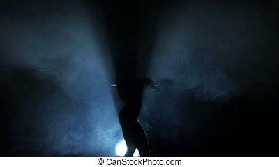 boîte nuit, silhouettes, danse femme