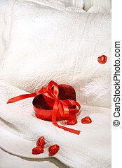 boîte, ruban rouge, chocolats