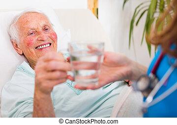 boire, patient, personne agee