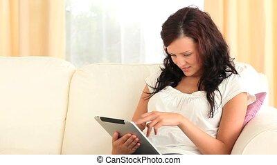 bon regarder, utilisation, tablette, femme