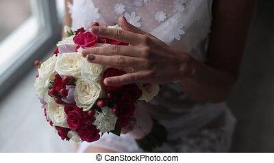 bouquet, femme, jeune, lingerie