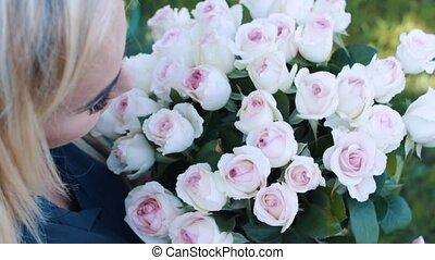 bouquet, roses, blond, jardin