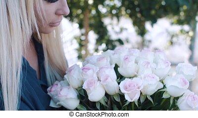 bouquet, roses, girl, jardin