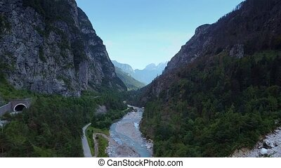 bourdon, rivière, élevé, autour de, coup, vallée, montagnes, aérien