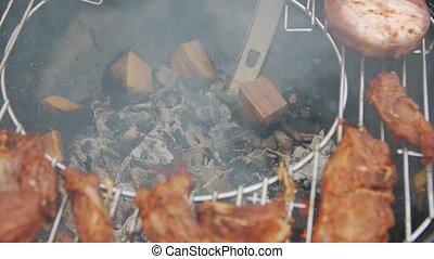 brûlé, charbon de bois, barbecue
