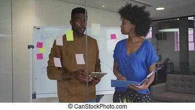 brain-storming, mâle, femme, réunion, business, salle, américain, collègues, africaine