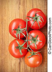 branche, tomates