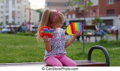 bulles, jeu, écran, silicone, squishy, pop, projection, toucher, élégant, gosse, mignon, enfant, il, jouets, girl, sensoriel