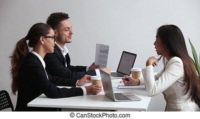 bureau, cadre affaires, conversation, divers, brain-storming, réunion équipe