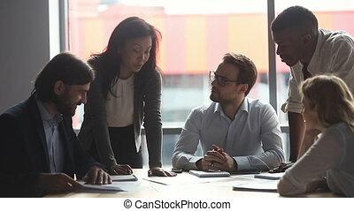 bureau., fonctionnement, apprécier, ensemble, multiracial, gens, heureux, business
