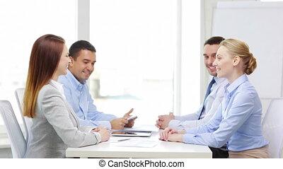 bureau, fonctionnement, pc, équipe, table, sourire