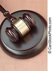 bureau, marteau, pendant, salle audience, maillet, text., trial., juge, vide, droit & loi, espace, bois, concept, judiciaire, justice