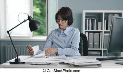 bureau, recherche, ouvrier, documents