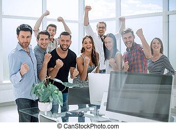business, heureux, moderne, équipe bureau, debout