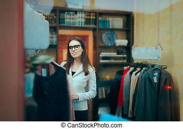 business, intérieur, patron, entrepreneur, femme, propriétaire, petit, magasin