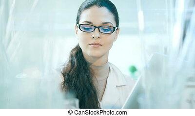 cadres, laboratoire, flacons, femme, fonctionnement