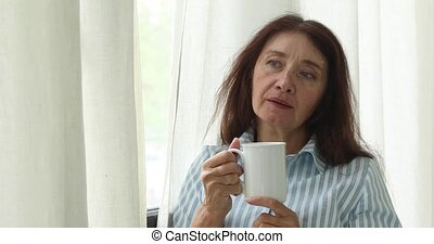 café, femme, songeur, mûrir, tasse