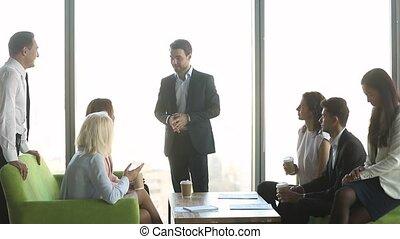 café, personnel, compagnie, parler, simple, coupure, avoir, patron