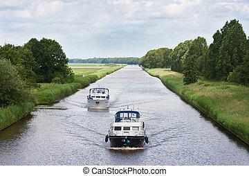 canal, voile, directement, deux, yachts, hollandais