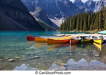 canoës, lac moraine