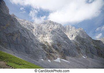 cantabria, falaise rocheuse