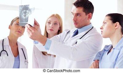 caractères, groupe, rayon x, médecins