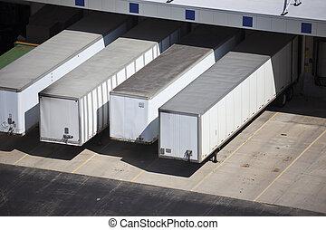 caravanes, docks, chargement