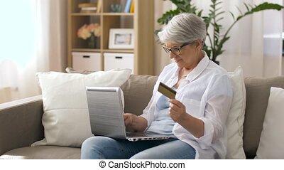 carte, maison, personne agee, ordinateur portable, crédit, femme
